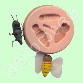 Formigas e Abelha
