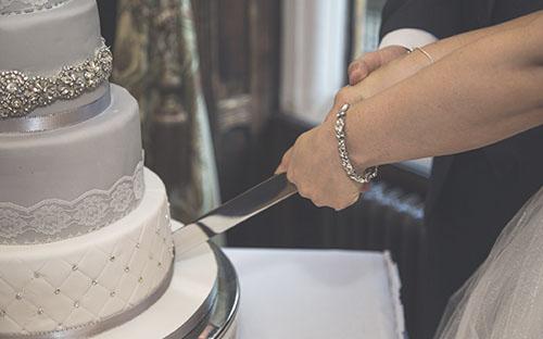 Moldes de silicone de rendas para arrasar no mês das noivas